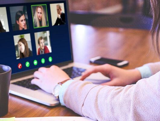 scegliere l'agenzia di comunicazione da remoto